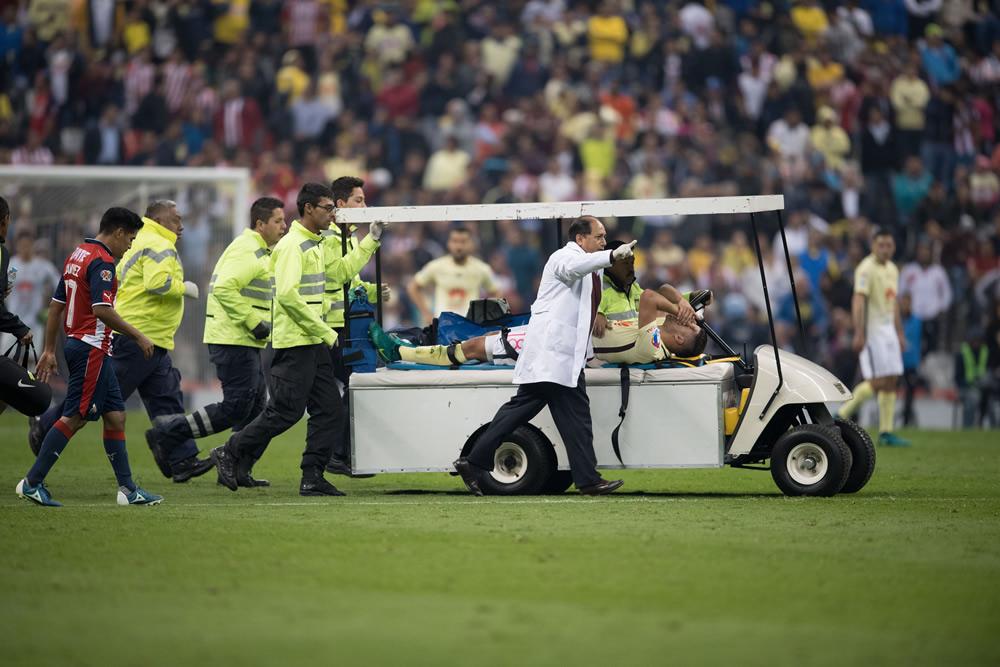 Peor aún, América pierde a Bruno Valdéz, sufrió rotura parcial de ligamento