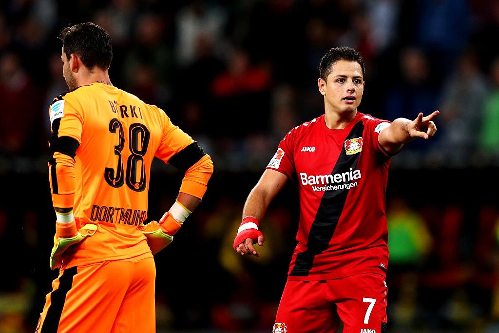 Con el 101, Chicharito y Bayer aplacaron al Dortmund