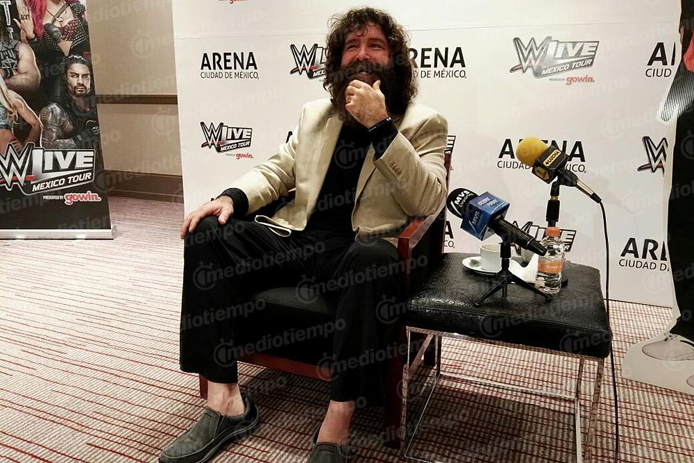 Mick Foley comandará al elenco de WWE en México