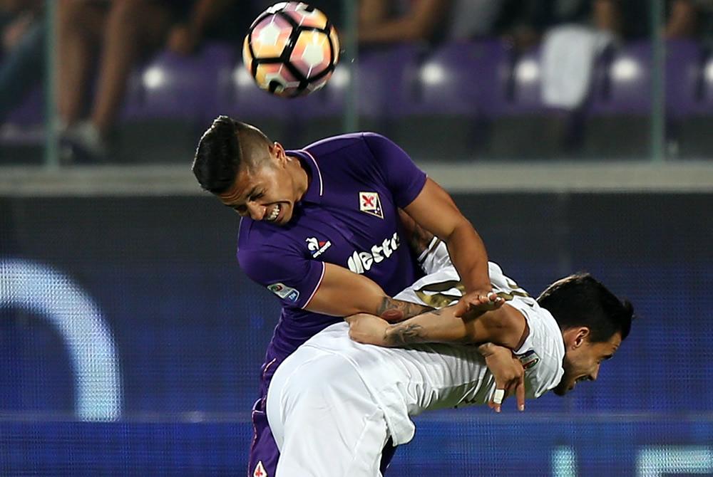 Salcedo, considerado por la Fiore para la Europa League