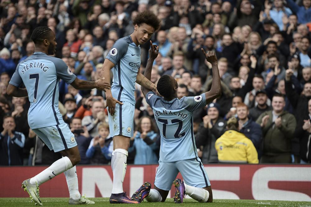 Manchester City recuperó el liderato en la Premier