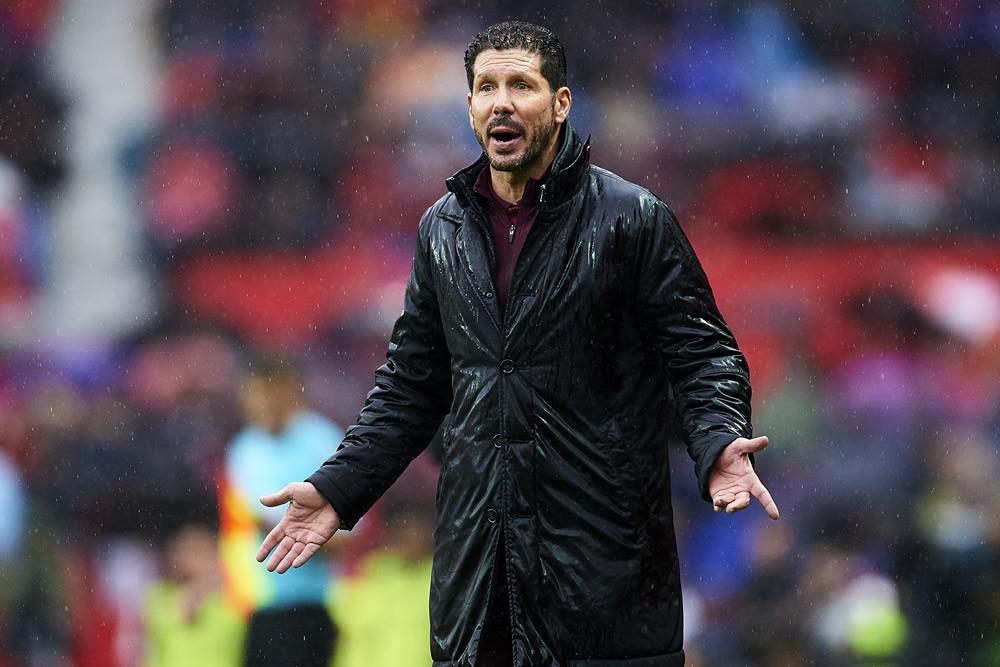 Atlético pierde por primera vez; Sevilla, líder momentáneo