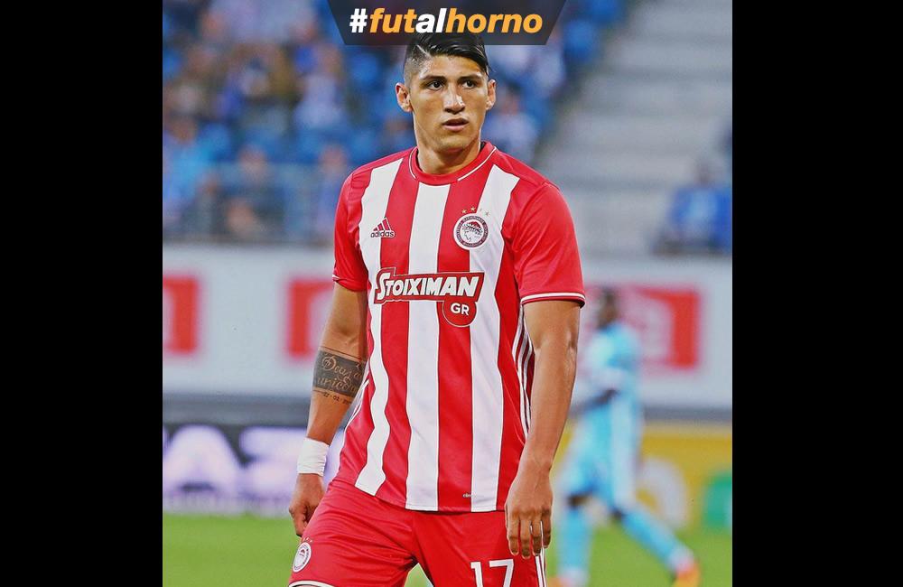 Alan Pulido estaría arreglado con Chivas