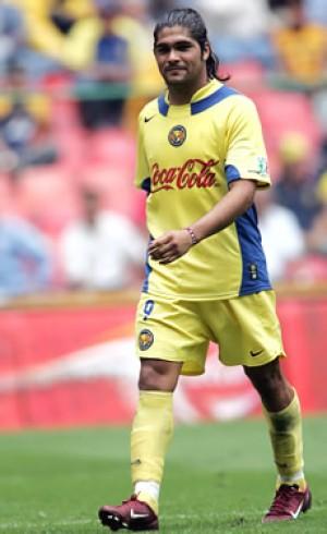 Reinaldo Navia fue operado con éxito, se perderá el Clausura 2005 ...