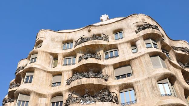 del g tico al modernismo contrastes de la arquitectura en
