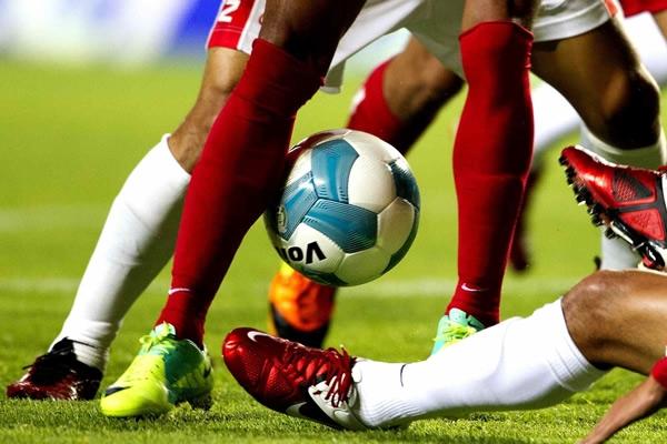 Resultado de imagen para futbol y televisoras